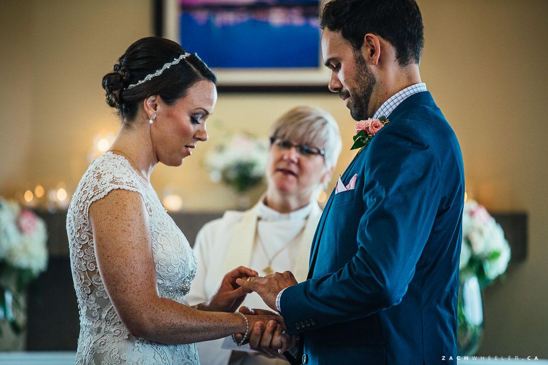 Jon-Ainsley-Pippy-Park-Wedding-Blog-37
