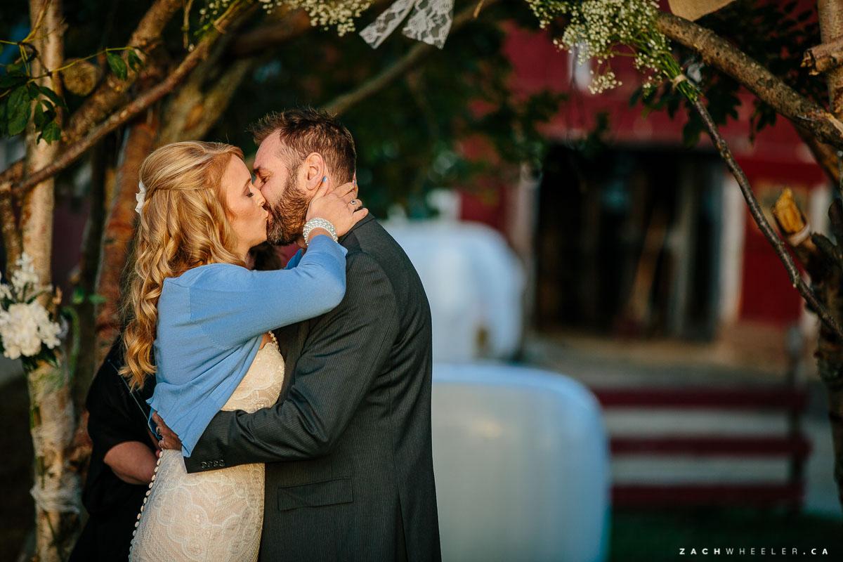 Lesters-Farm-Chalet-Wedding-Reception-Blog-30